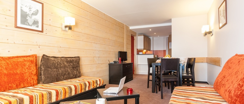 france_three-valleys-ski-area_val-thorens_le-tikal-apartments_interior2.jpg